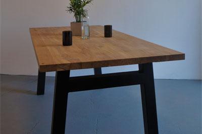 Stůl Aaron